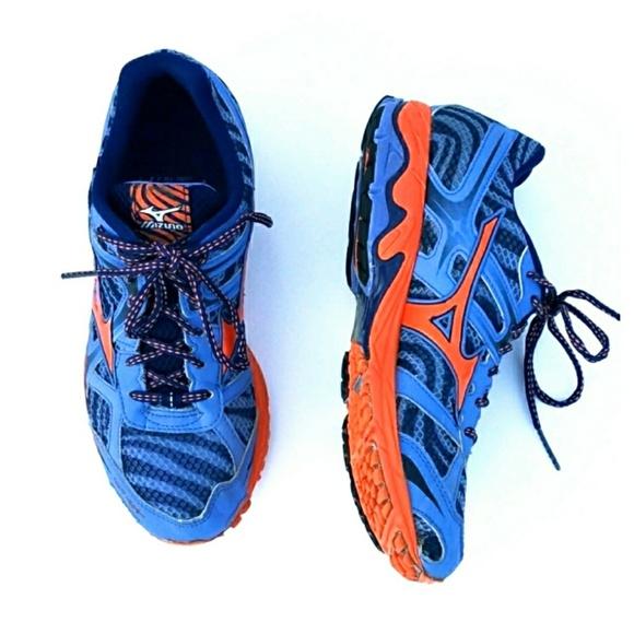 d66466785540 Mizuno Wave Elixir 7 Running Shoes. M_5aaeb899fcdc311583201b21